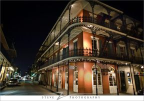 french-quarter-night-scene-07